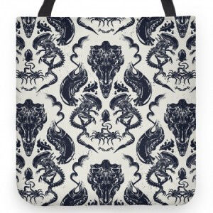 Alien Xenomorph pattern tote bag